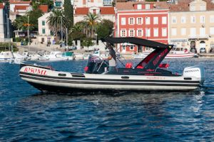 Get your aquamax speed boat for rent in Mali Losinj and Cres