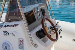 antoneta-9240